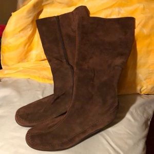 Aerosols Tall Suede Leather Boots 9.5 B